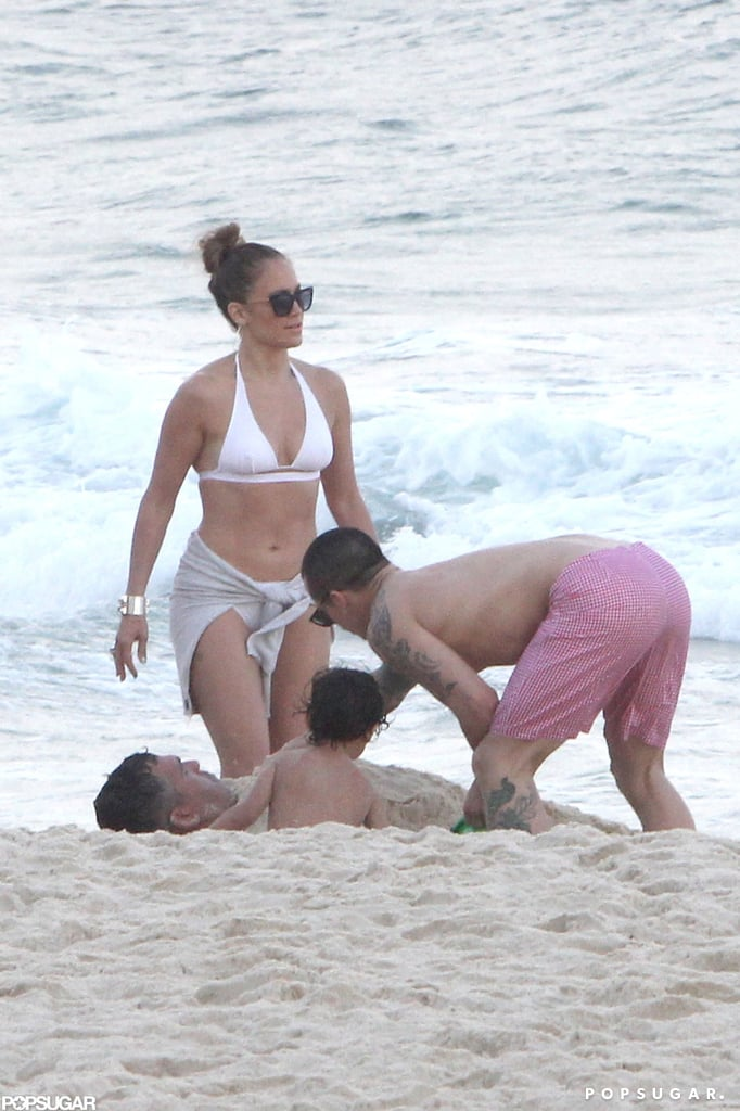 J Lo Breaks From Tour For a Bikini-Filled Afternoon With Casper