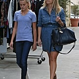 Reese Witherspoon and Ava picked up lunch in LA.