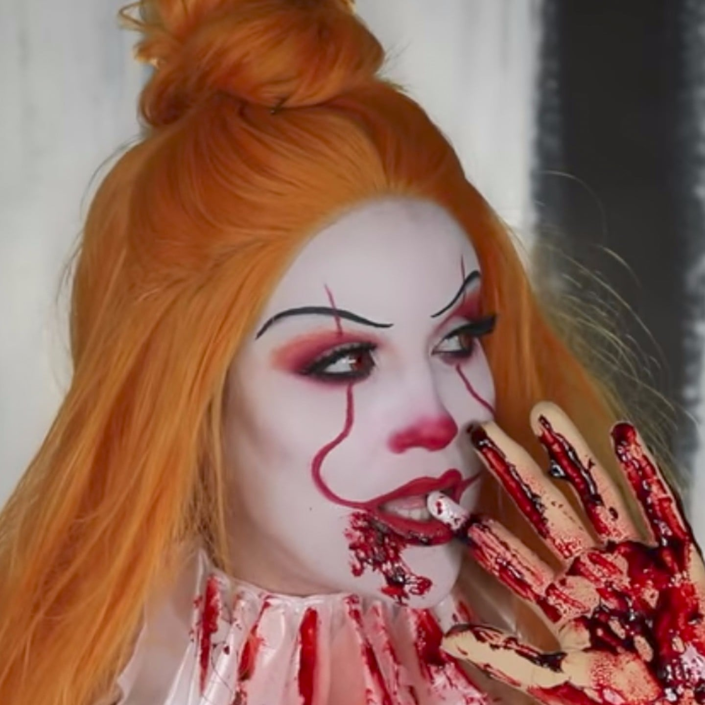 It pennywise makeup tutorial video popsugar latina baditri Choice Image