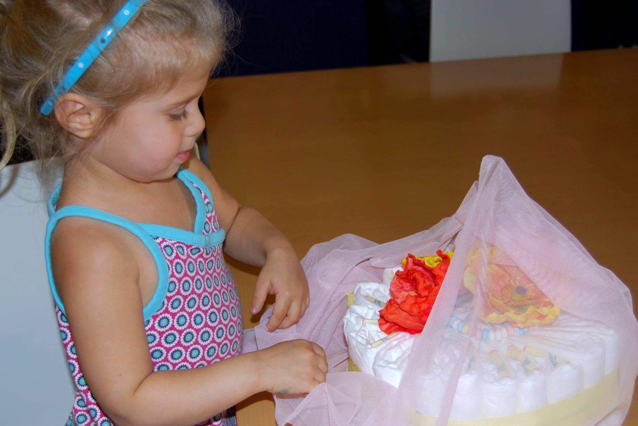 Katie Opens Her Cake