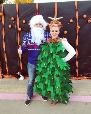 Tessa Fowler Christmas.Simple Halloween Costumes For Couples Popsugar Smart Living