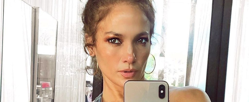 Jennifer Lopez Shows Abs in At-Home Gym Selfie | Photo