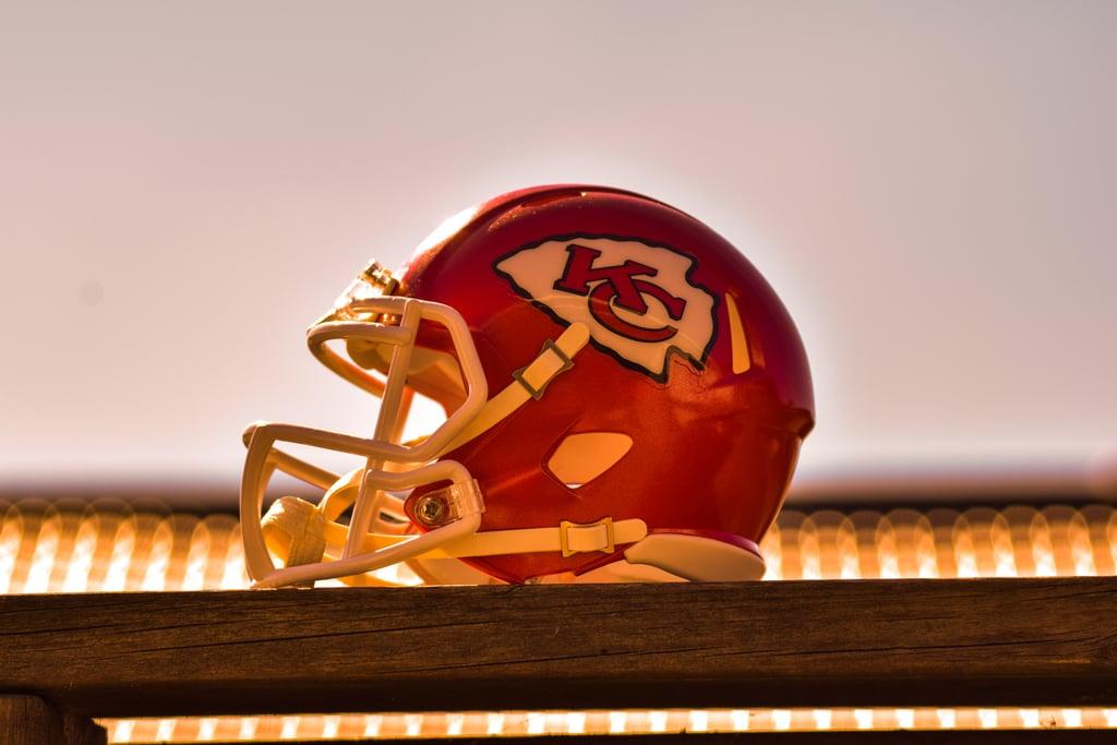 Kansas City Chiefs Helmet Zoom Background