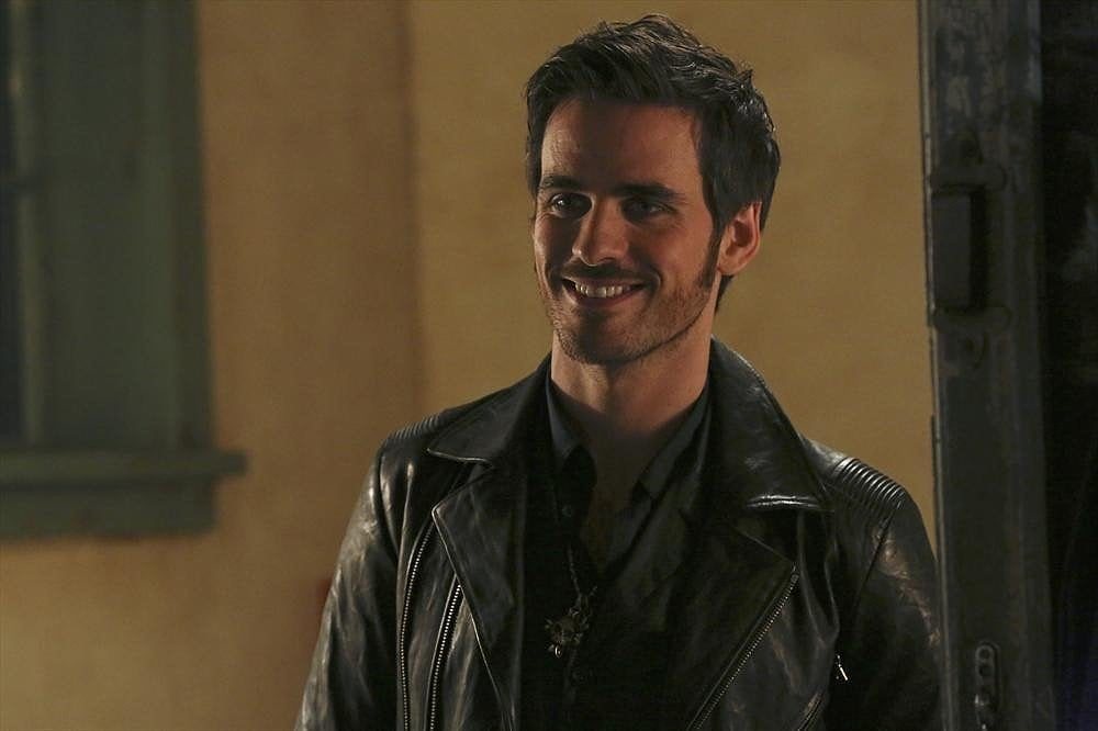 hook from once upon a time smiling Find great deals on ebay for once upon a time hook and once upon a time poster once upon a time tv series hook smiling figure refrigerator magnet new unused.