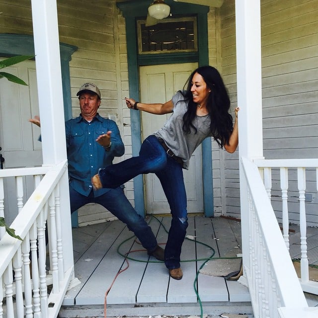 joanna and chip team up on demo day fixer upper season 3 premiere date popsugar home photo 7. Black Bedroom Furniture Sets. Home Design Ideas