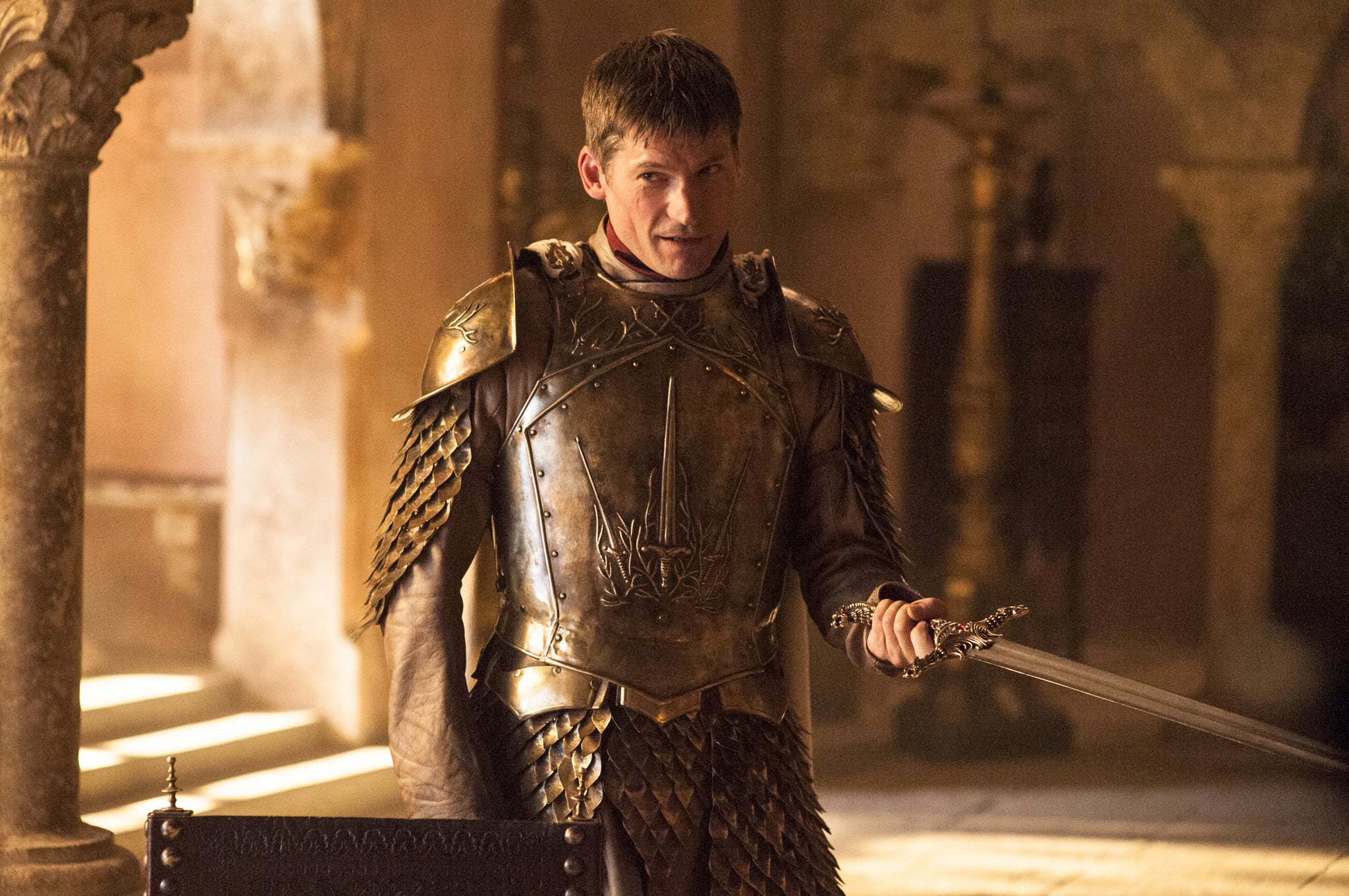 A sword fits nicely in Jaime's left hand.