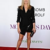 For the premiere of Mother's Day in April 2016, Jennifer opted for a black blazer dress.