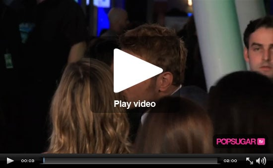 Kellan Gives Out Kisses and Diane Talks Onset Friends in Our PSR People's Choice Awards Edition!