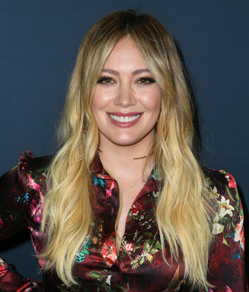 Hilary Duff's Blue Hair Colour in Self-Isolation