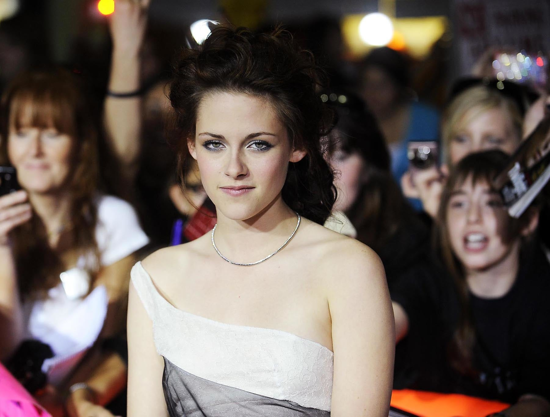 Cast member Kristen Stewart attends the premiere of