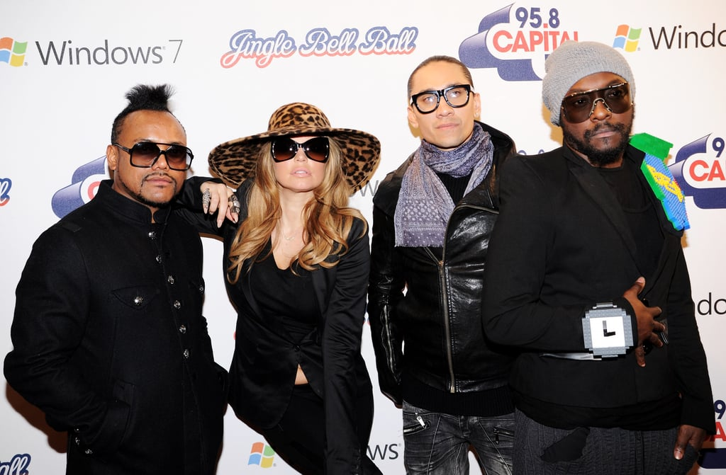 Gettin' Pixelated at the 2010 Jingle Bell Ball