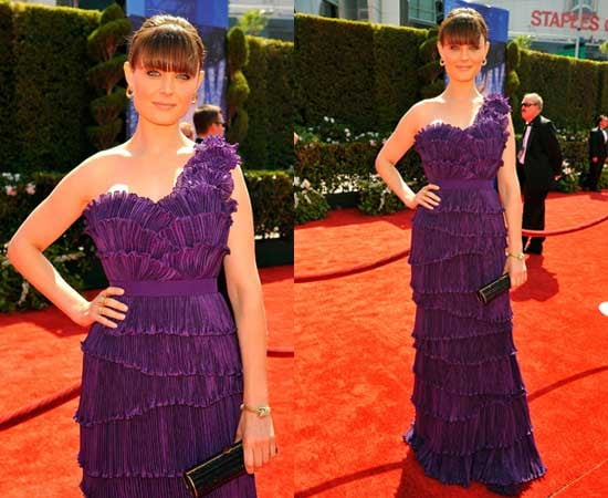 Emily Deschanel at 2010 Emmy Awards 2010-08-29 16:21:38