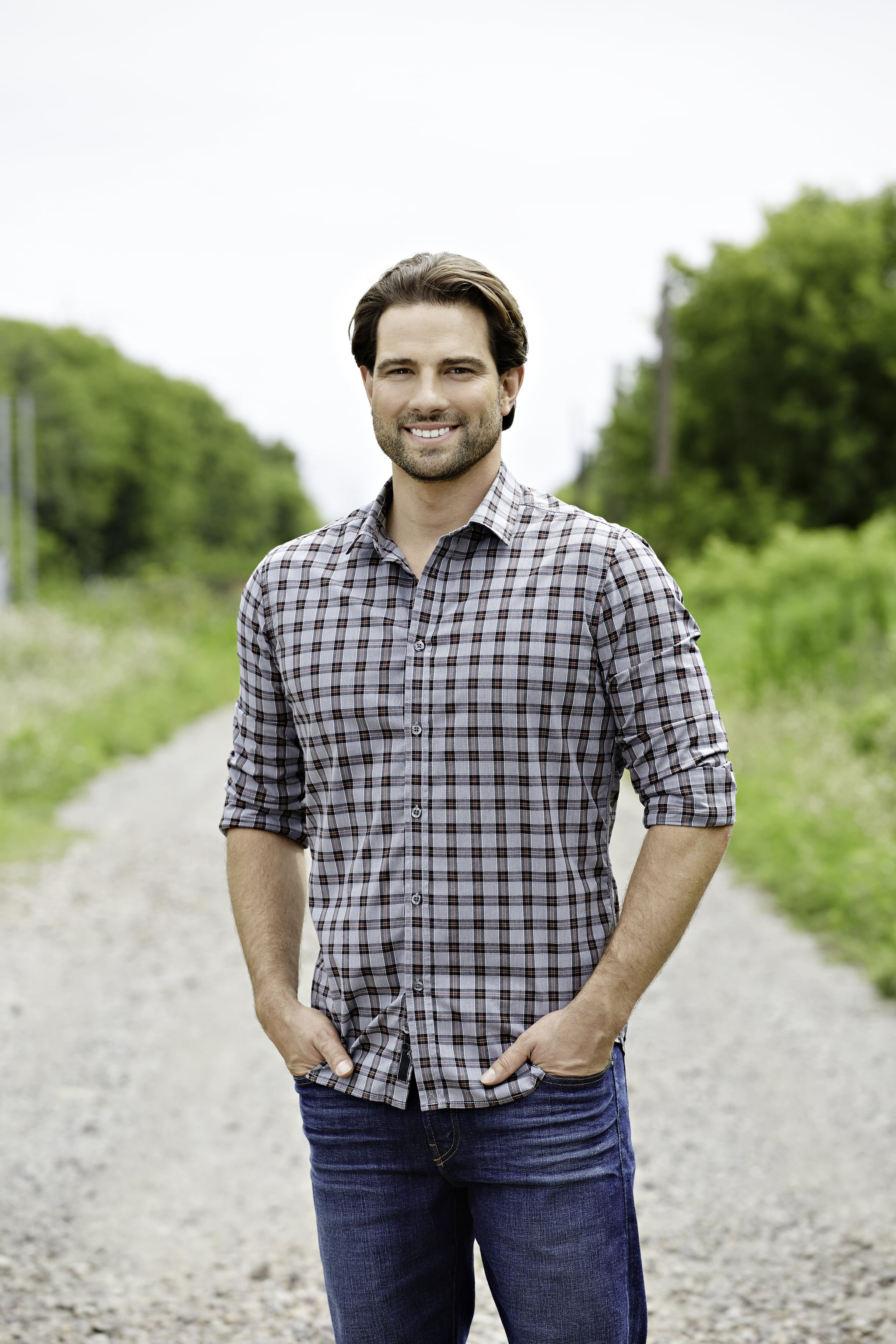 Scott mcgillivray on how to make money on a vacation home for Income property design ideas
