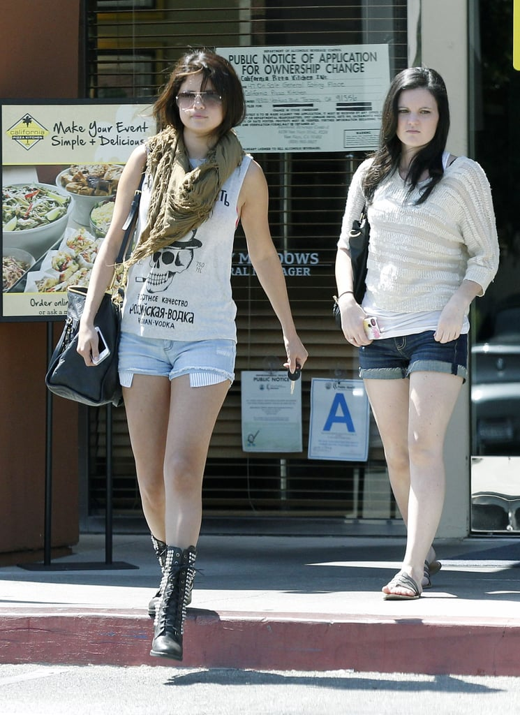 Selena Gomez Grabs Lunch With Friends During a Work Break