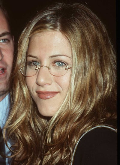 February 1998: Premiere of Kissing A Fool