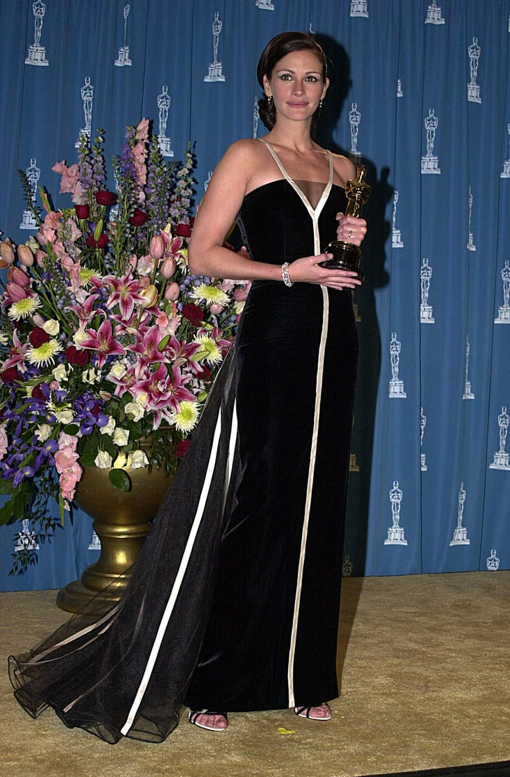 Julia Roberts In Valentino At The 2001 Academy Awards