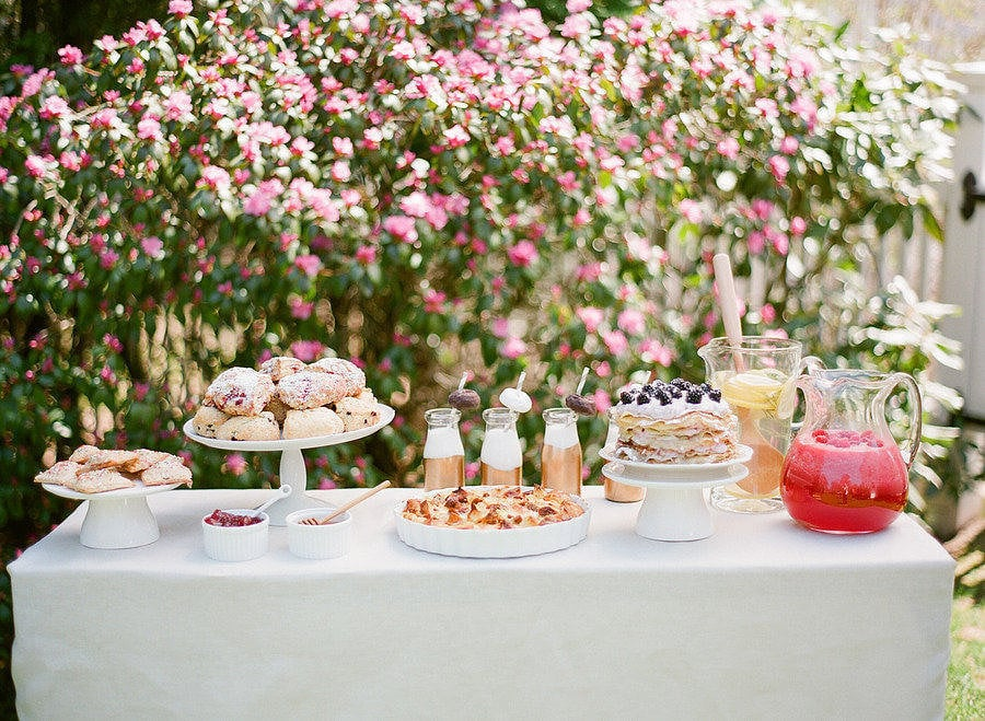 Party Buffet and Bar Table Ideas