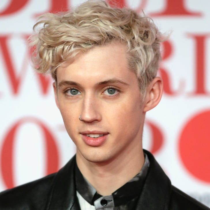 Troye Sivan moreover Jessica Biel Calls Son Silas Mini Justin Timberlake And Loses Charades Her Husbands Hit S 166878 additionally Dog Asthma Risk Children as well Watch Ladies Snl Want You Do It Twin Bed as well Jacinta. on justin timberlake jimmy fallon africa