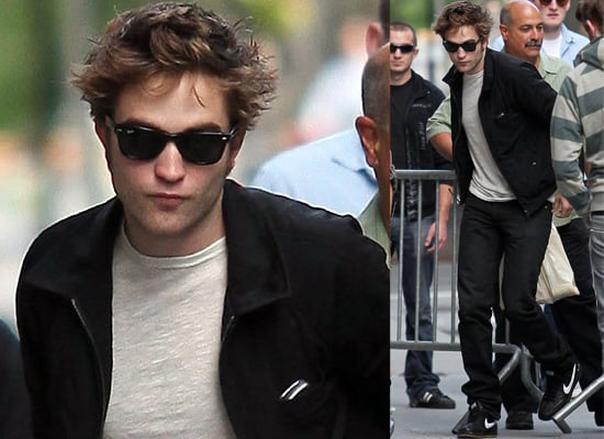 17/6/2009 Robert Pattinson in New York on Remember Me movie set