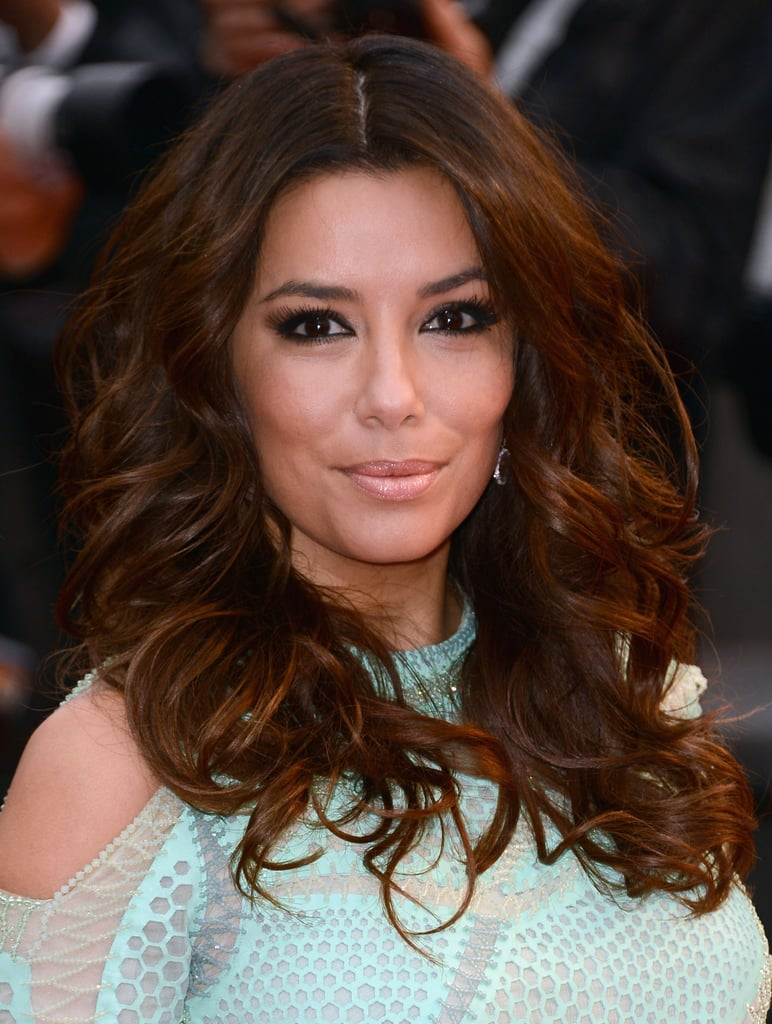 Also at the Jimmy P. (Psychotherapy of a Plains Indian) premiere, Eva Longoria went for a more casual style. She wore tousled curls, black eyeliner, and a nude lip.
