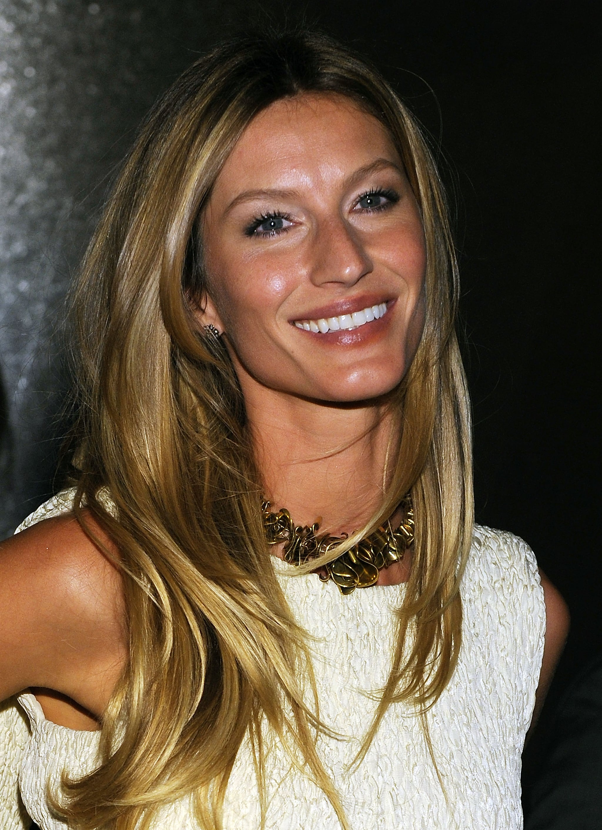 Her honey-blond hair was cut into choppy layers and styled straight at an event in 2010.