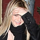 Jennifer Aniston Welcomes 42 at Dinner With Jake Gyllenhaal!
