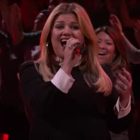 "Kelly Clarkson's Acoustic Miley Cyrus ""Wrecking Ball"" Cover"