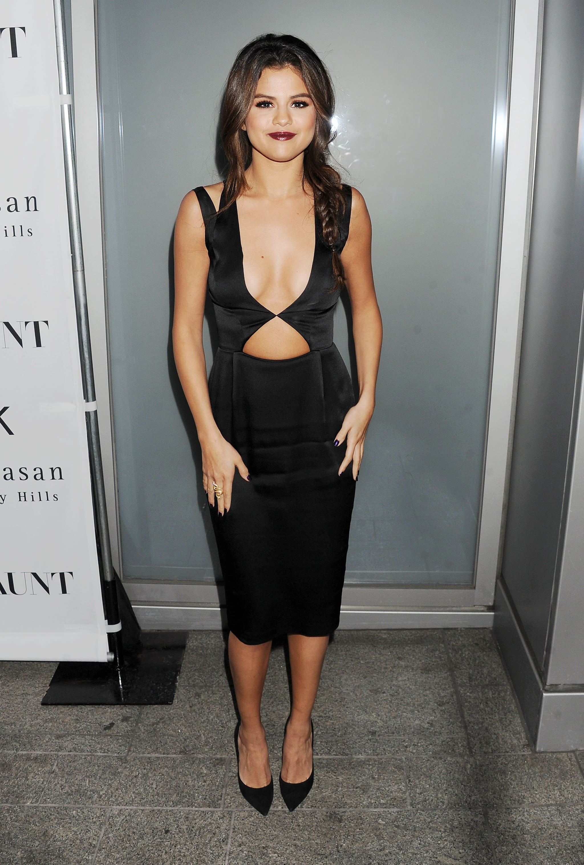 Selena Gomez sported a sexy black dress for the Flaunt magazine November issue launch party.