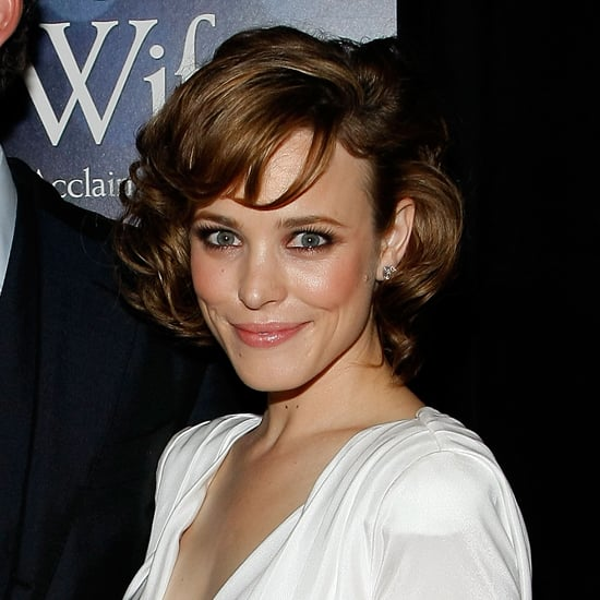 At the premiere of The Time Traveler's Wife, Rachel was back to brown strands, which she highlighted with peach and pink makeup.