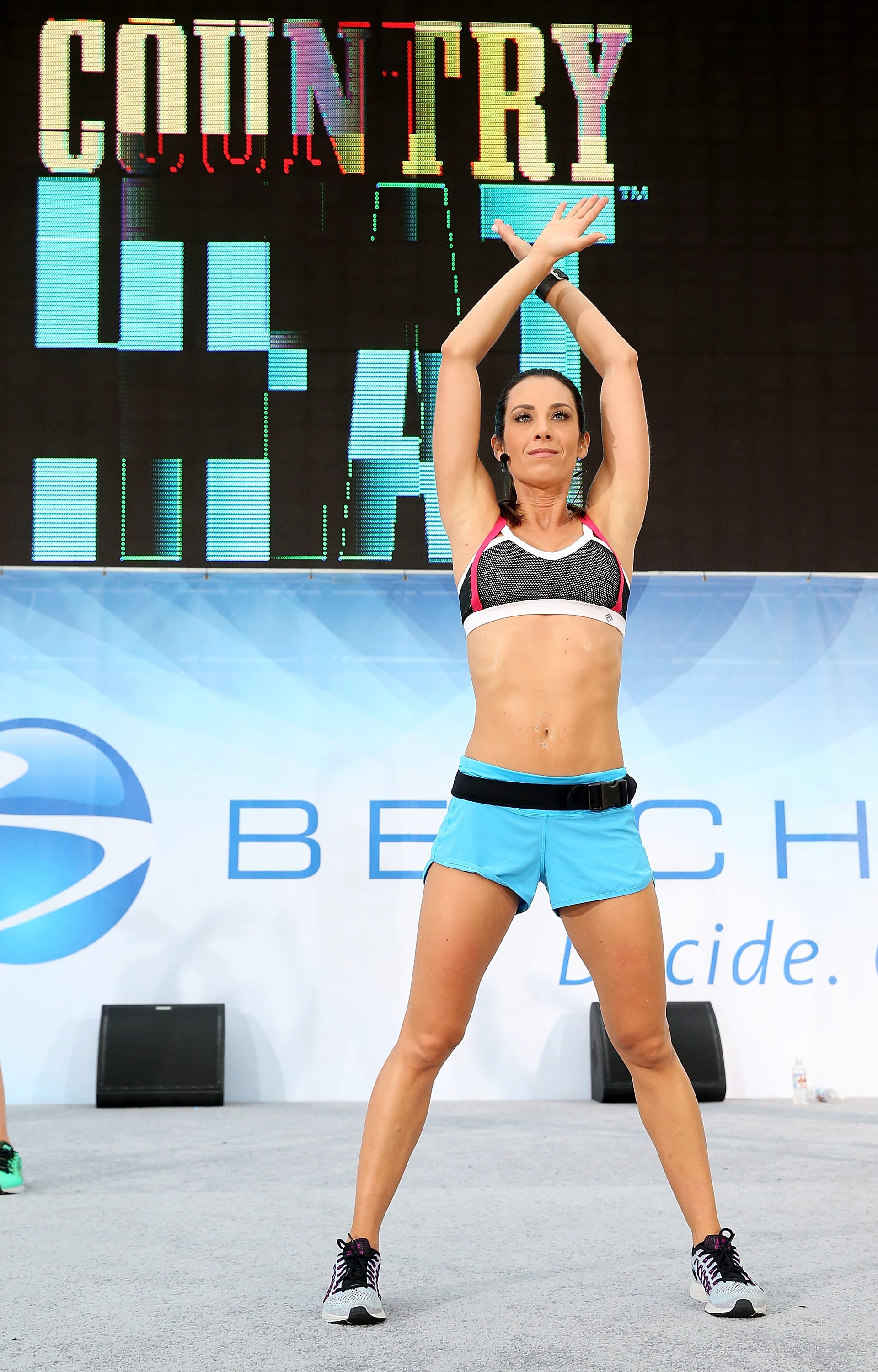 This Beachbody Trainer Shares Her Favorite Core Exercises For Chiseled Abs