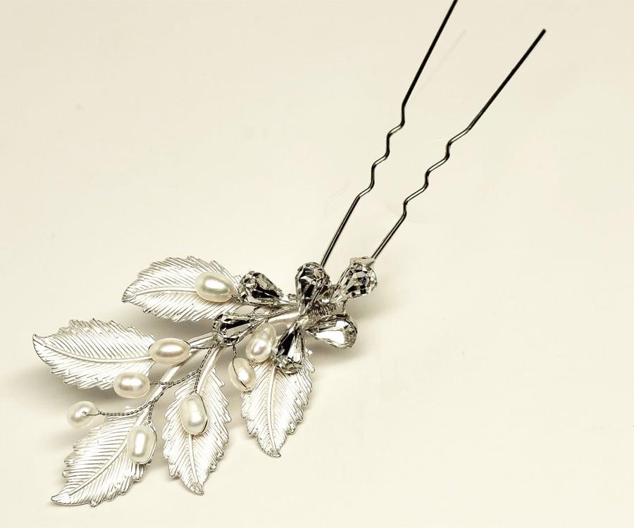 Capria Beaded Metal Leaf Bridal Hair Pin ($38)