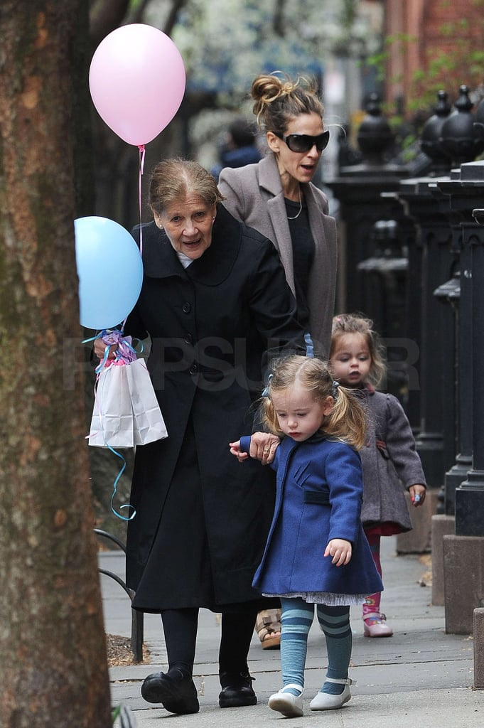 Sarah Jessica Parker Turned 47 Yesterday And Had Her Twin Daughters Loretta Tabitha Broderick