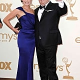 Eric Stonestreet waved to fans while posing alongside date, Katherine Tokarz.