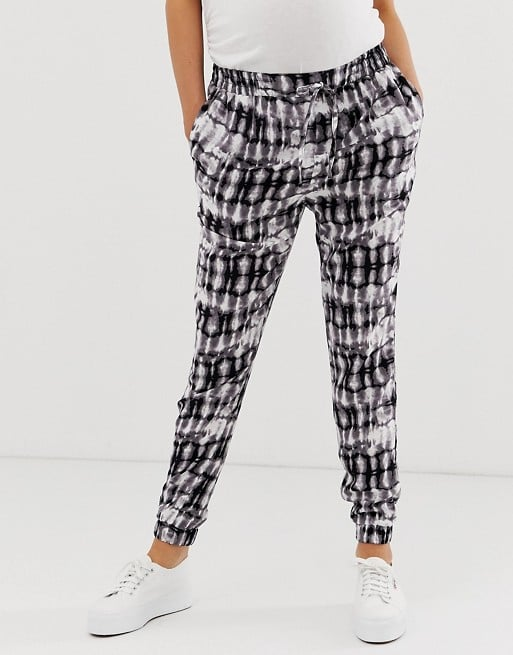 New Look Maternity printed jogger in green pattern   ASOS