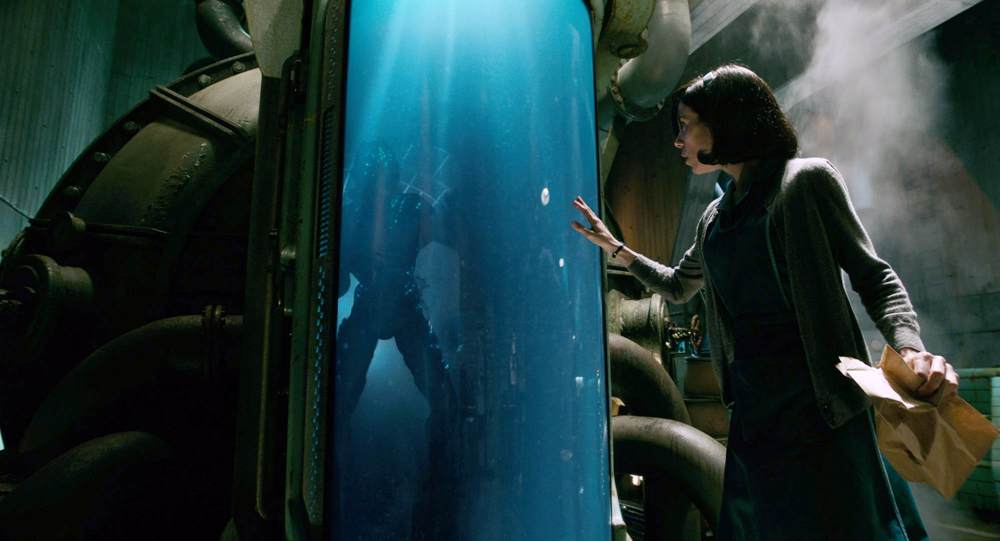 THE SHAPE OF WATER, from left: Doug Jones, Sally Hawkins, 2017. TM &  Fox Searchlight Pictures. All Rights reserved. /Courtesy Everett Collection