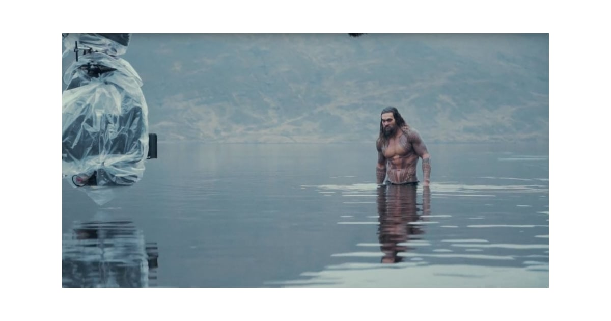 These Peeks of Jason Momoa as Aquaman Prove That He's the Perfect Casting Choice