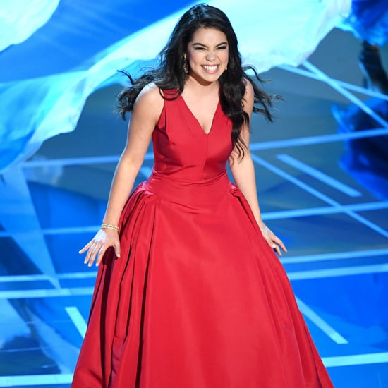 Auli'i Cravalho Gets Hit in the Head at the 2017 Oscars