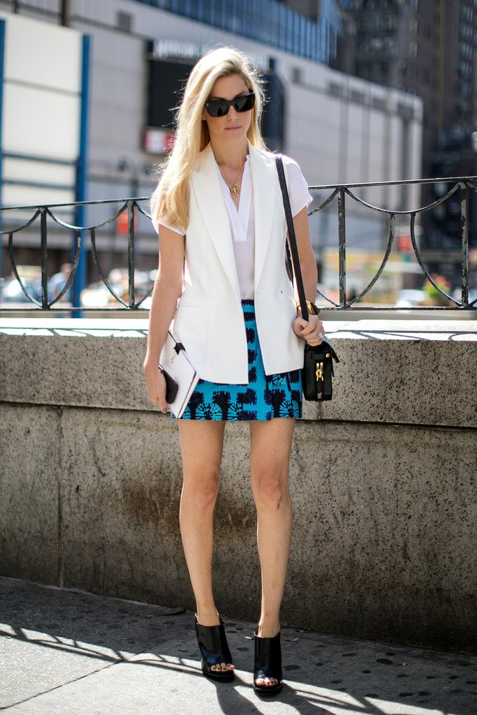 Joanna Hillman kept her color palette simple with black and white and a pop of turquoise.