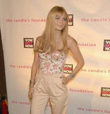 Mischa Barton Parties with Ali Lohan