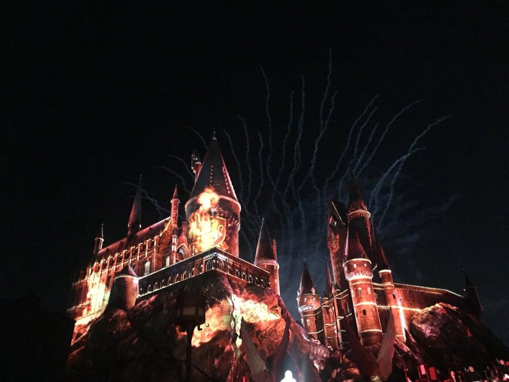 Watch Nighttime Lights at Hogwarts Castle