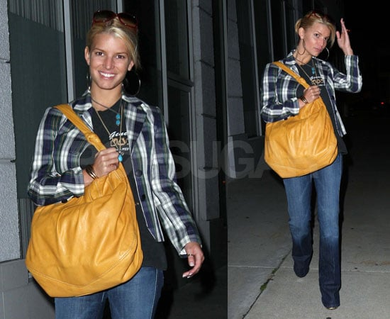 Jessica Simpson's Date With Her Big Bag