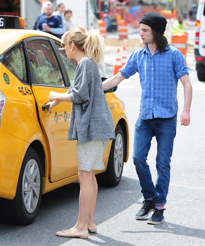 Sienna Miller and Tom Sturridge hopped in a taxi.