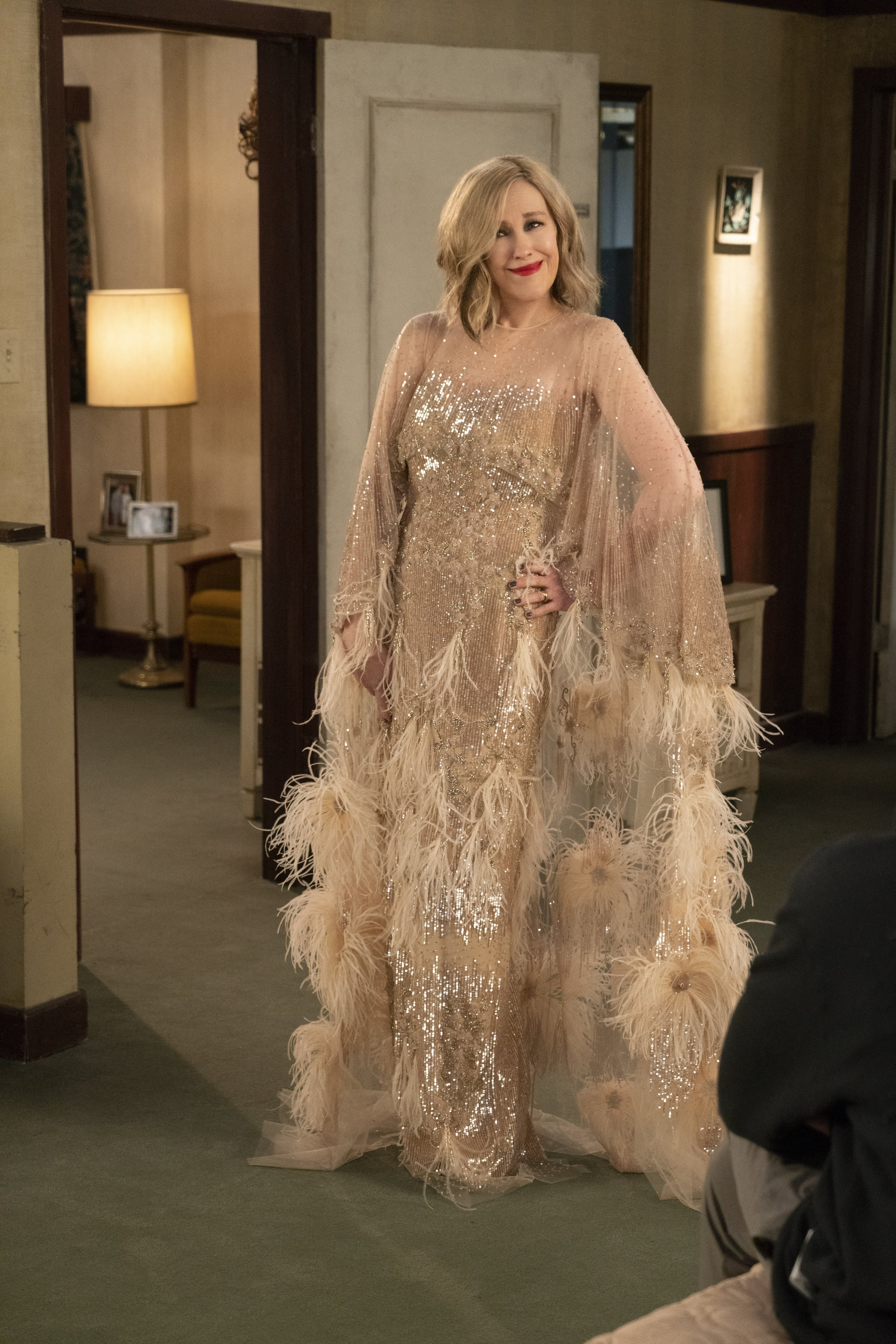 Moira S Best Looks On Schitt S Creek Popsugar Fashion