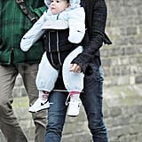Penelope Cruz carrying Leo Bardem in London.