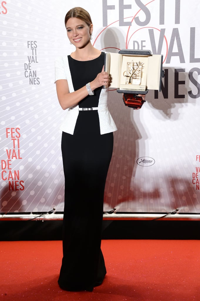 lea seydoux with her palm d 39 or award for la vie d 39 adele in cannes models and celebrities at. Black Bedroom Furniture Sets. Home Design Ideas