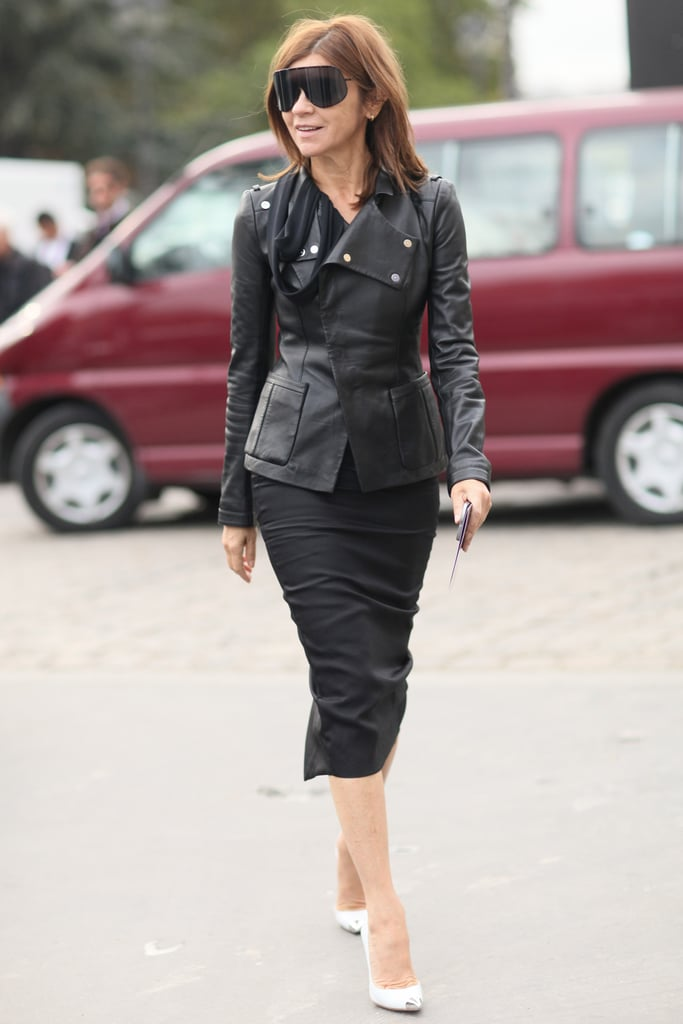 Carine Roitfeld doesn't mix it up often, but why should she? She works the editrix-in-chief sleek like nobody's business in a slim pencil and an edgy leather jacket.