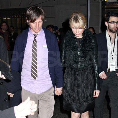 Michelle Williams and Spike Jonze Hand-in-Hand in NYC