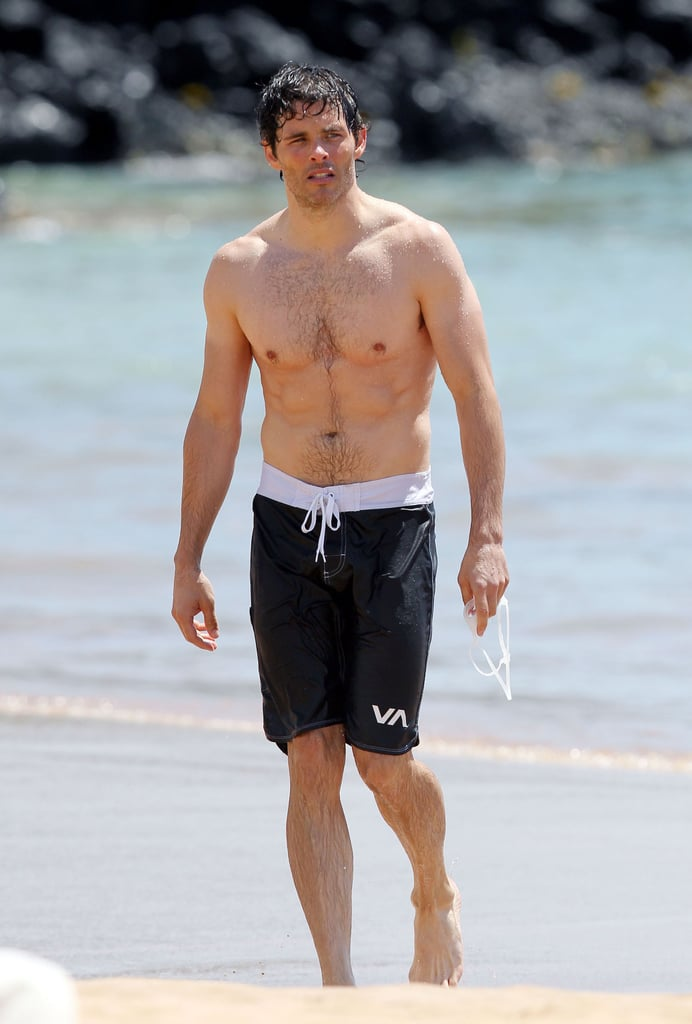 James Marsden showed off his abs in Hawaii.