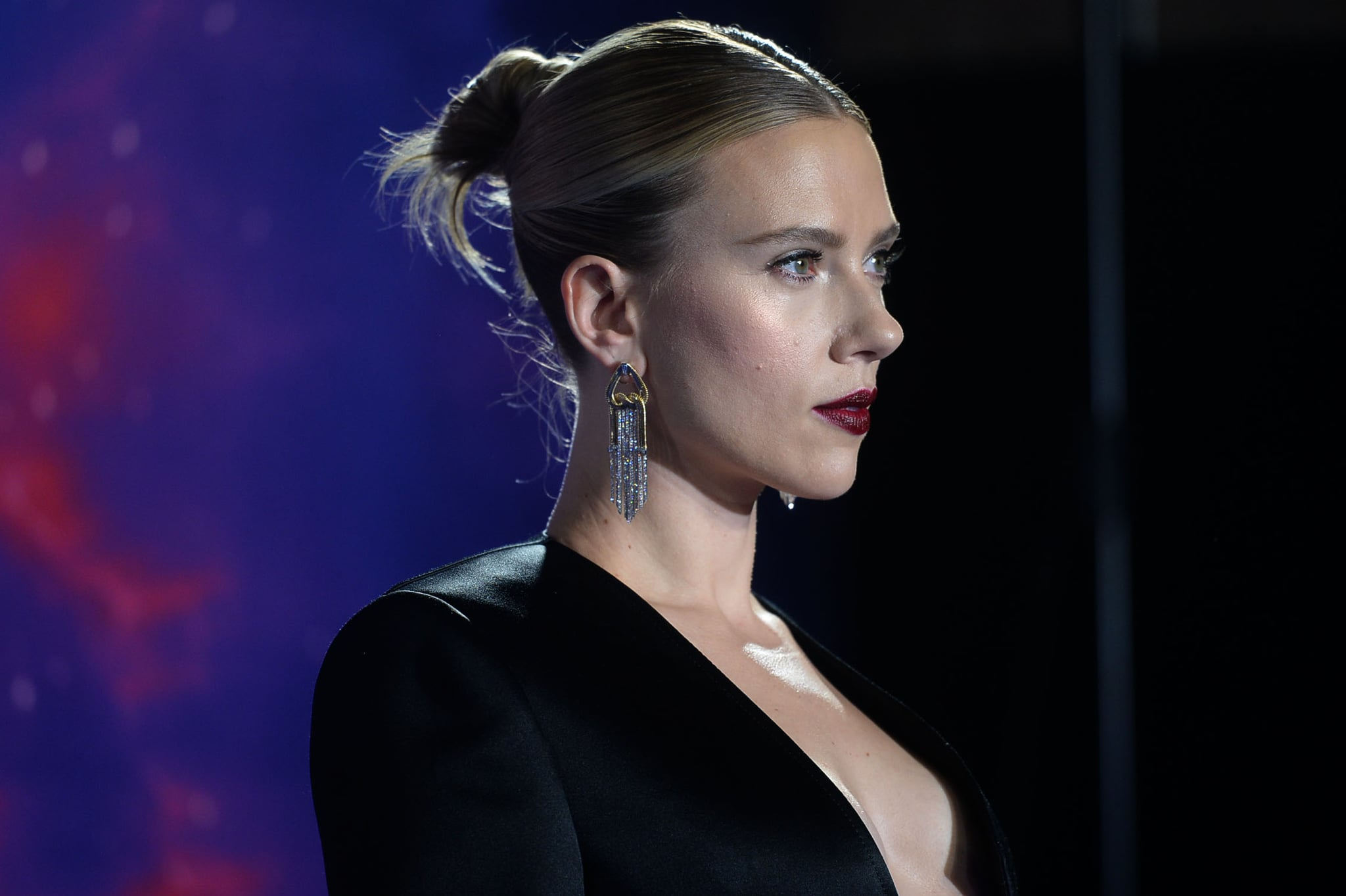 "Scarlett Johansson Says Controversial Comments About Diversity Were ""Taken Out of Context"""