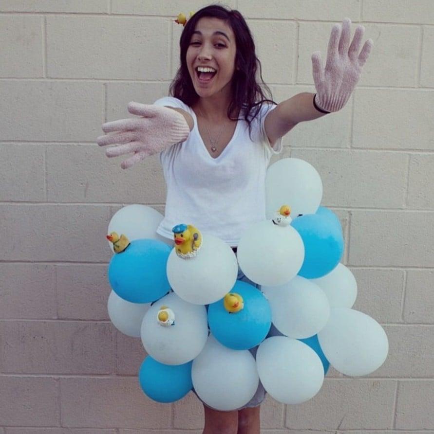 bikinis-made-out-of-balloons-hot-ass-bouncing